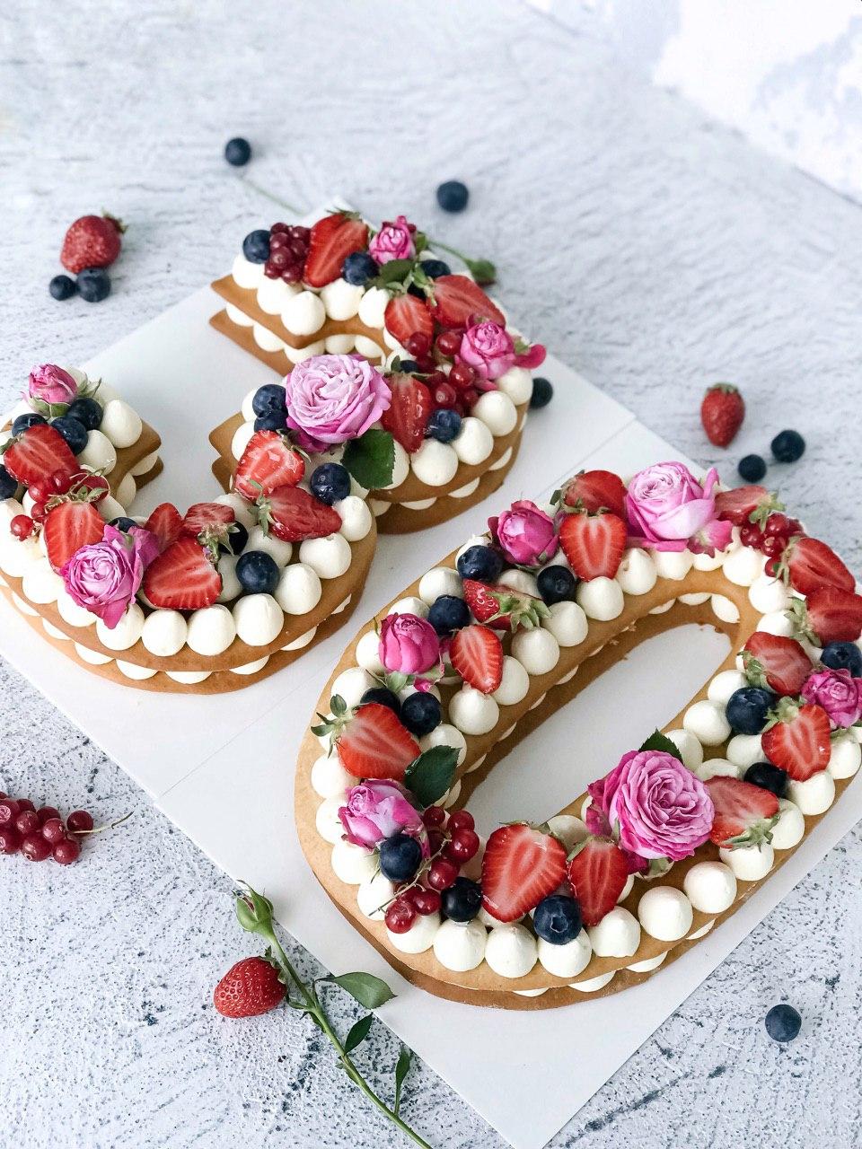 Торт Цифри - фото