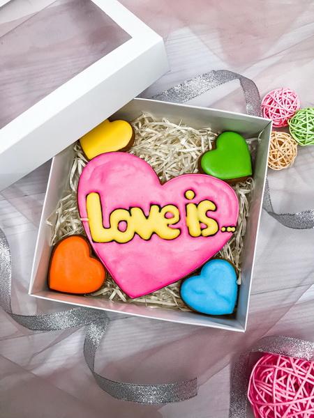 Пряники Love is…… - фото