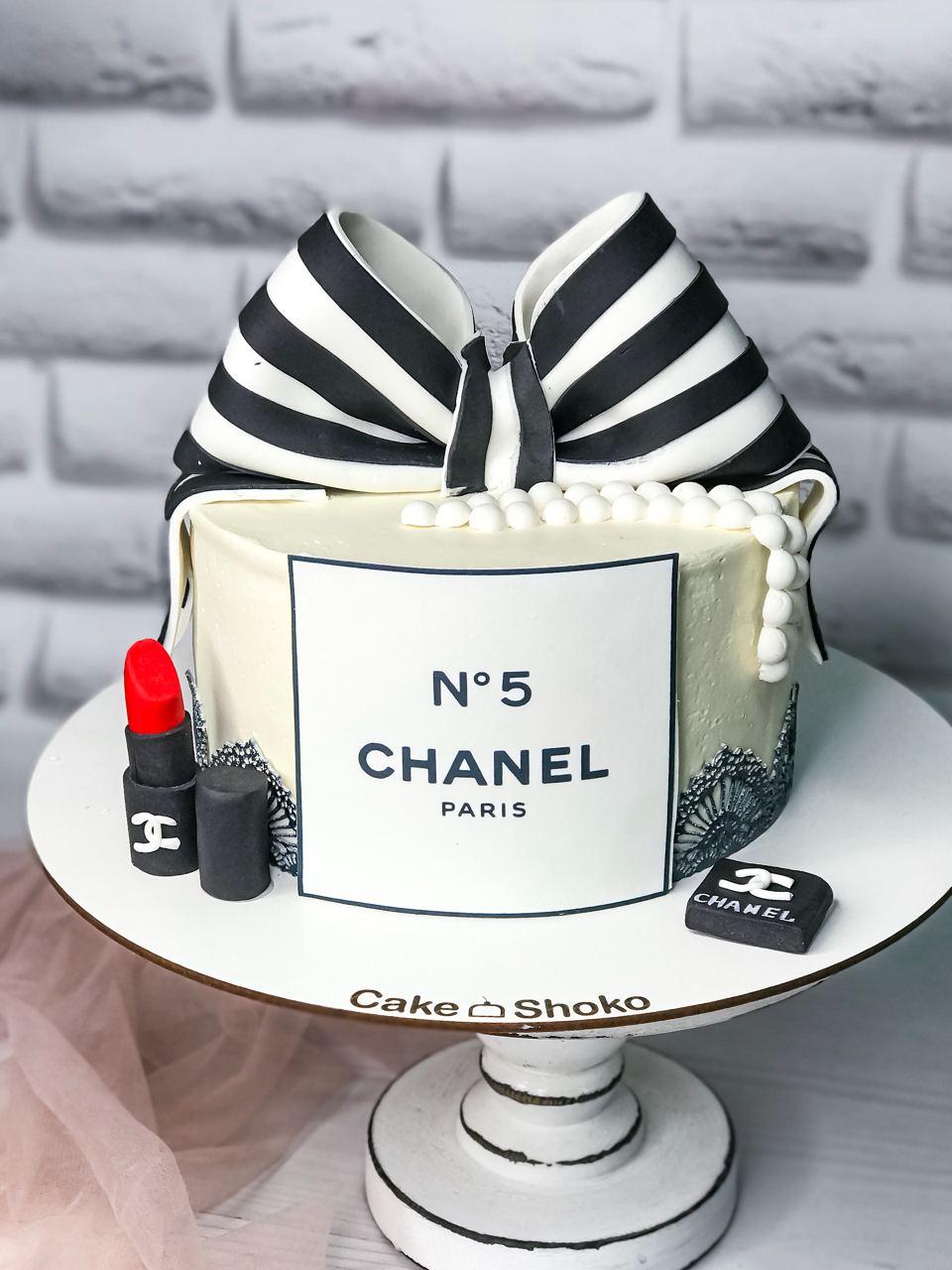 Торт Chanel - фото